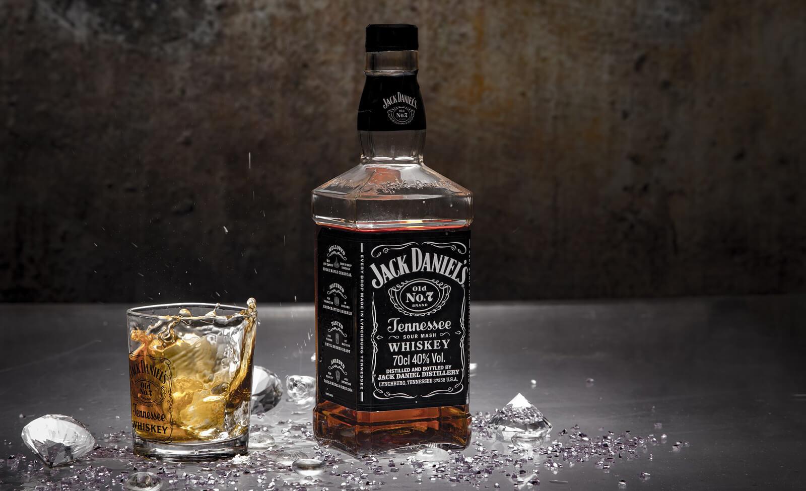 Gigante statunitense degli alcolici colpito da un attacco informatico, 1 TB di dati rubati