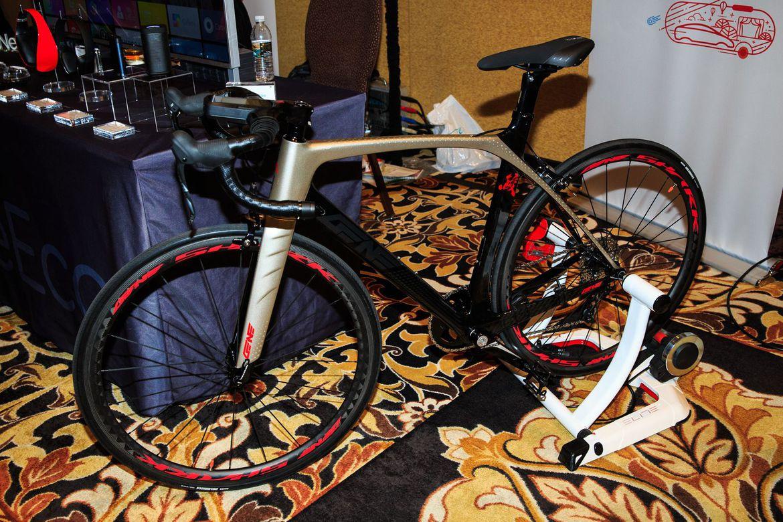 LeEco Smart Bike, il fitness che si guida
