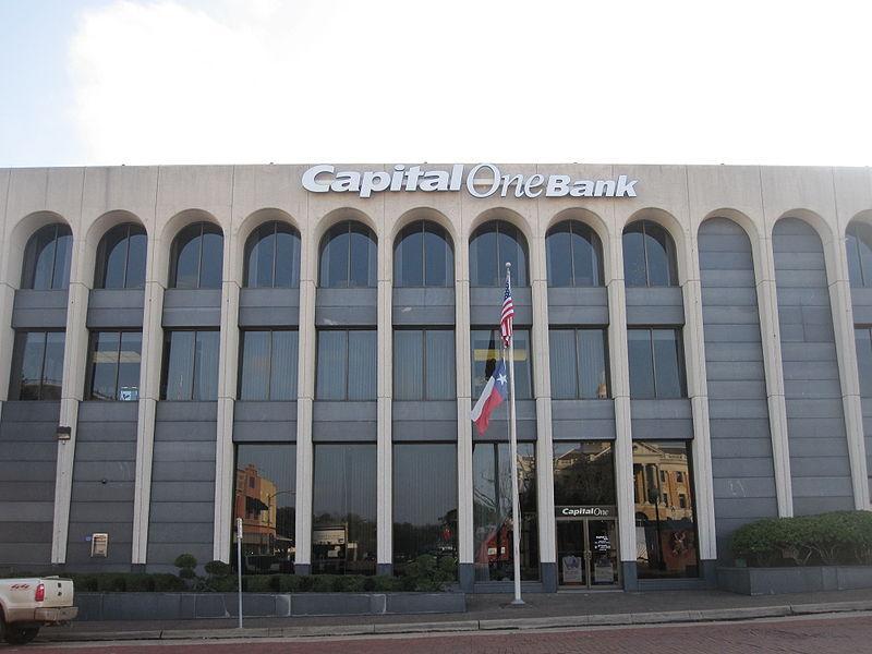 Capital One multata per 80 milioni di dollari per violazione dei dati