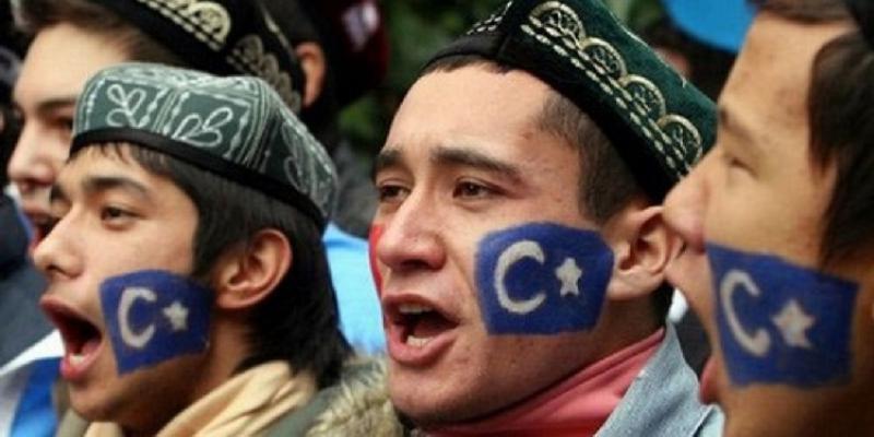 Gli hacker cinesi prendono di mira gli uiguri con più strumenti di sorveglianza Android