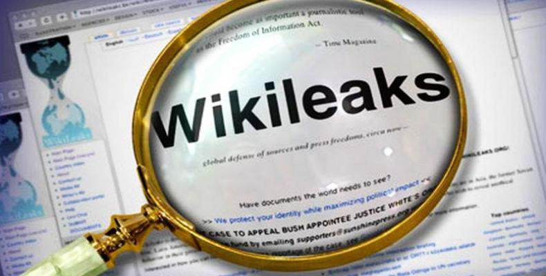 Wikileaks rivela 294K e-mail politiche